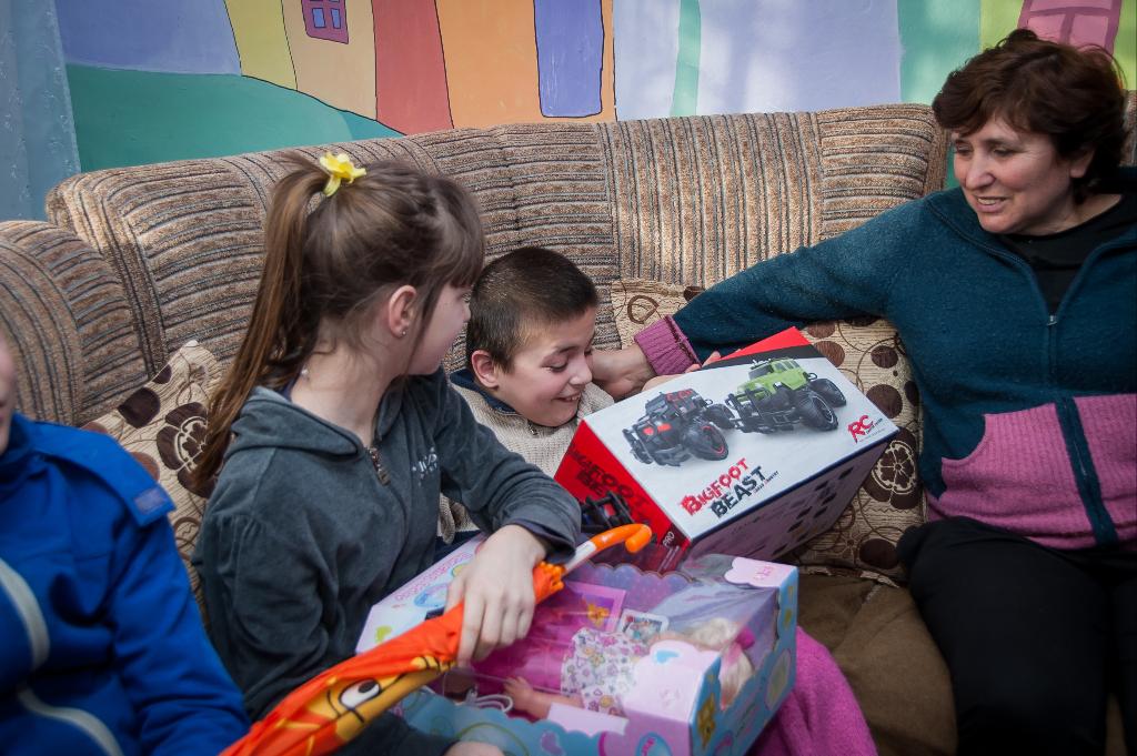 Подарки деткам к Новому 2019 Году! Добрая традиция от gofuckbiz.com